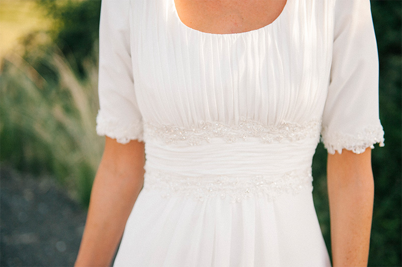 sleeves on wedding dress